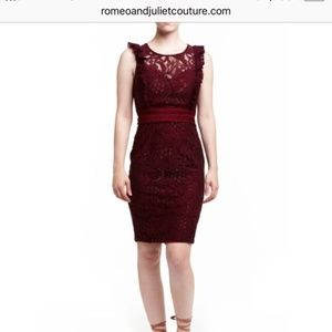 NWT Romeo + Juliet Couture Lace Dress Red